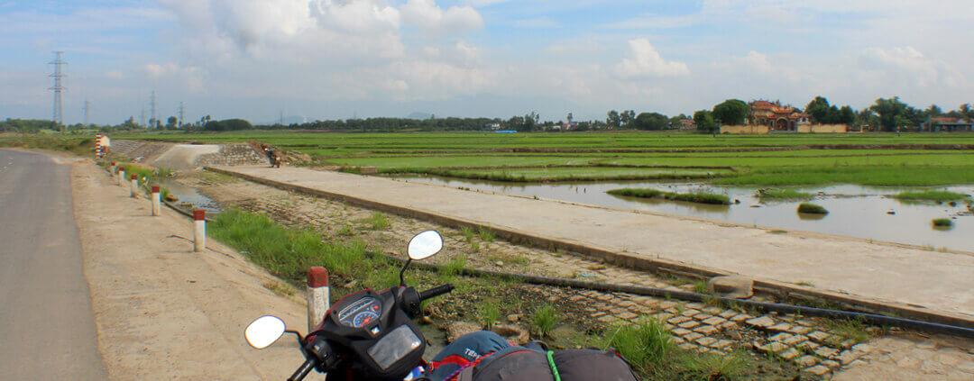 Motorbike to Boun Ma Thout